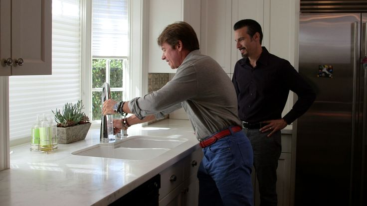 John Finton tests out his new Brizo Venuto faucet