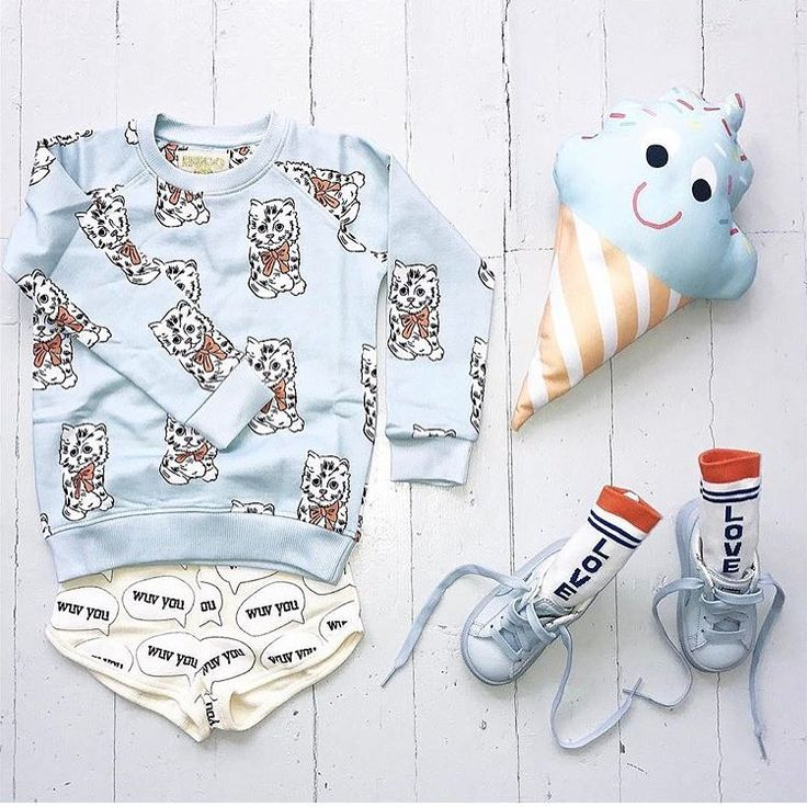 @inspirationforpojkar { p e r f e c t i o n } Åh vad jag gillar detta! Färgerna, de ljuvliga och lekfulla plaggen i perfekt matchning. Thanks for sharing @ezi_mezi inspirationforpojkar#temapasteller #inspoforminibyifp #temadjuriskt #barnkläder #barnklädesinspo #fashionforkids #kidsfashion #barnkläder #flickkläder #pojkkläder #baby #toddlersoninstagram #kidsoninstagram #instakidsfashion #kidsstyle #fashionkidsworld #fashionkids