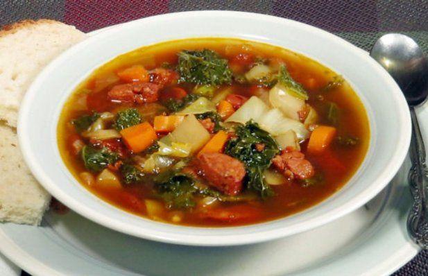 How to make Portuguese chouriço and kale soup.
