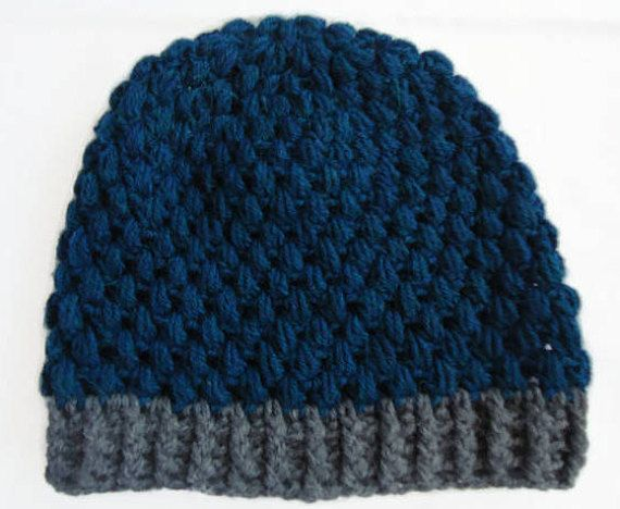 Women puff stitch beanie by misspiggystore!