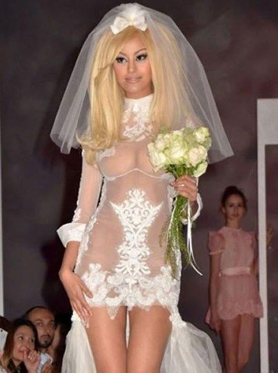Sexy Wedding Dress Fail | 18 Wedding dresses that will make you facepalm