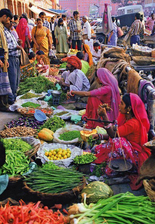 Market in Jaipur, Rajasthan in Northern India