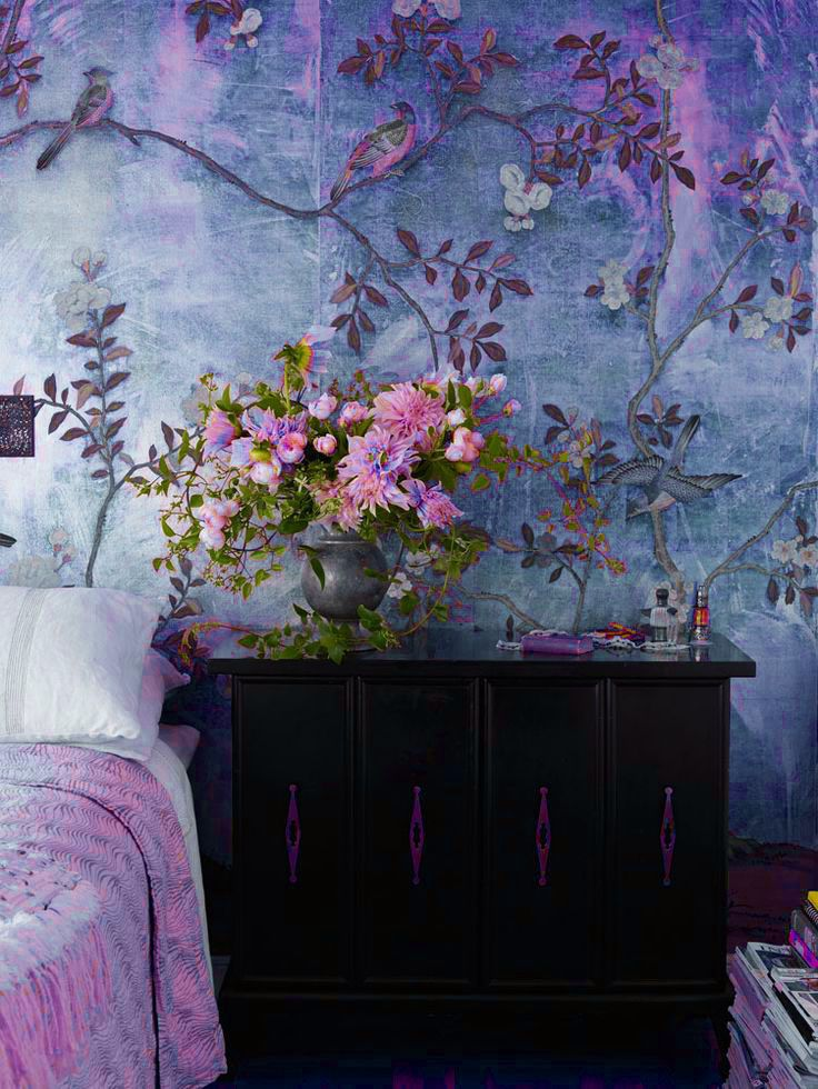 Wallpaper Wishlist: gorgeous pattern and prints. Beautiful color alteration on a de Gournay wallpaper.