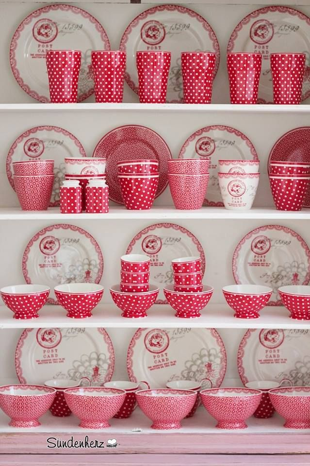 Red Polka Dots GreenGate <3 - http://www.nostalgieimkinderzimmer.de/greengate-teller-spot-red.html?___SID=U http://www.nostalgieimkinderzimmer.de/greengate-schale-spot-red-2.html?___SID=U http://www.nostalgieimkinderzimmer.de/greengate-latte-cup-spot-red.html?___SID=U