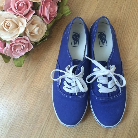 Vans Authentic Lo Pro Royal Blue Sneakers EUC Vans Lo Pros size 7.5 women's/ 6 men's in original box. Wore these maybe once. Look very similar to Keds & are super comfortable. Vans Shoes Sneakers