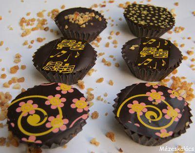 Mézeskalács konyha: Csoki csészébe rejtett karamell szelet