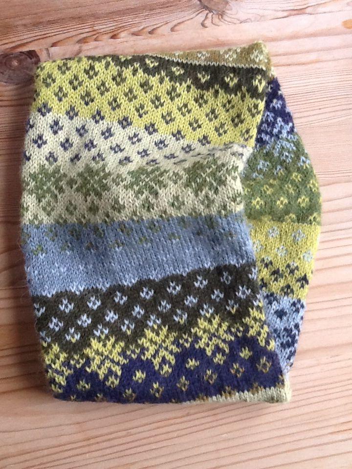 732 best Knitting Fair Isle images on Pinterest | Knitwear ...