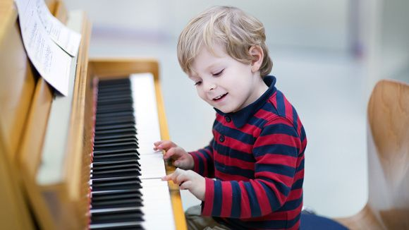 15 Popular Children's Songs ~ The lyrics to your grandchildren's favorite songs. It's sing-along time!