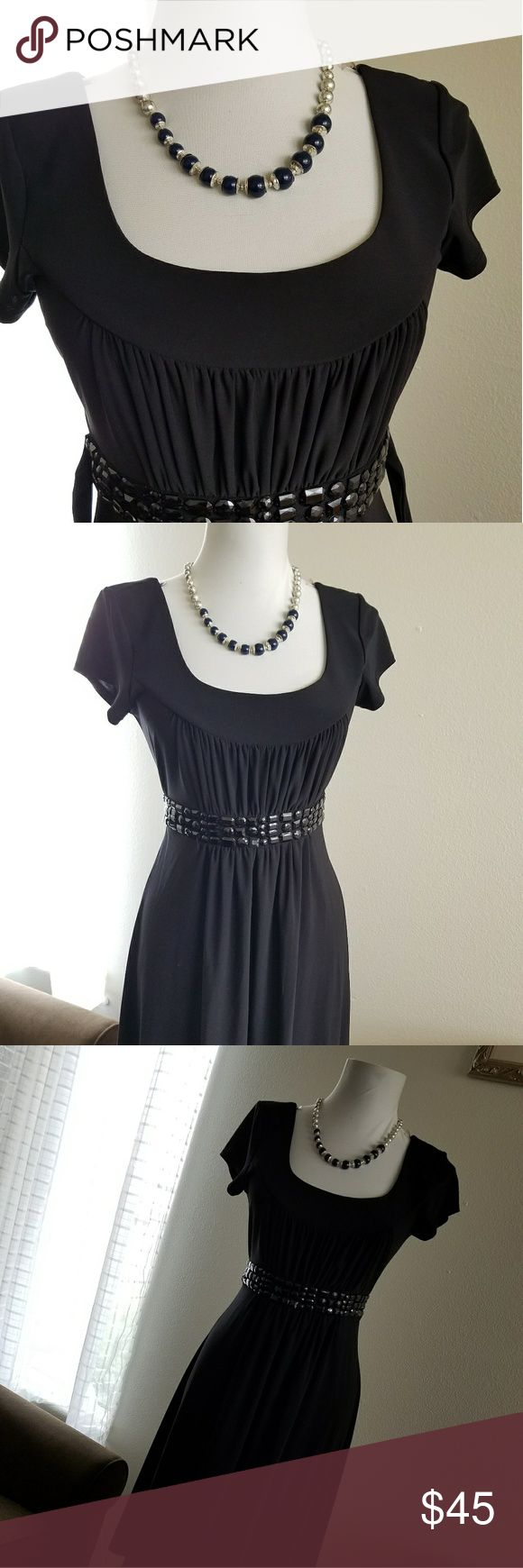 B smart women black dress Uesd one time good condition size 5/6  95% polyester & Other Stories Dresses Wedding