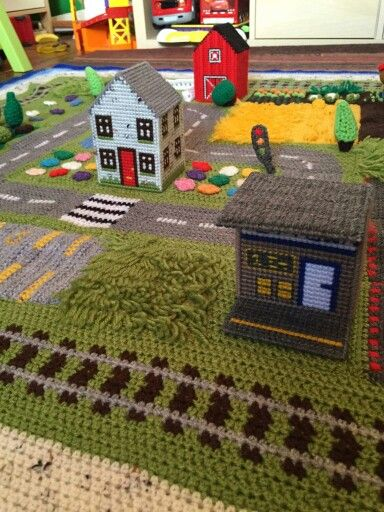 "Someone else's version of ""The Road Playmat"" A free CAL - By: Happy Berry Crochet >>> http://happyberrycrochet.blogspot.co.uk"