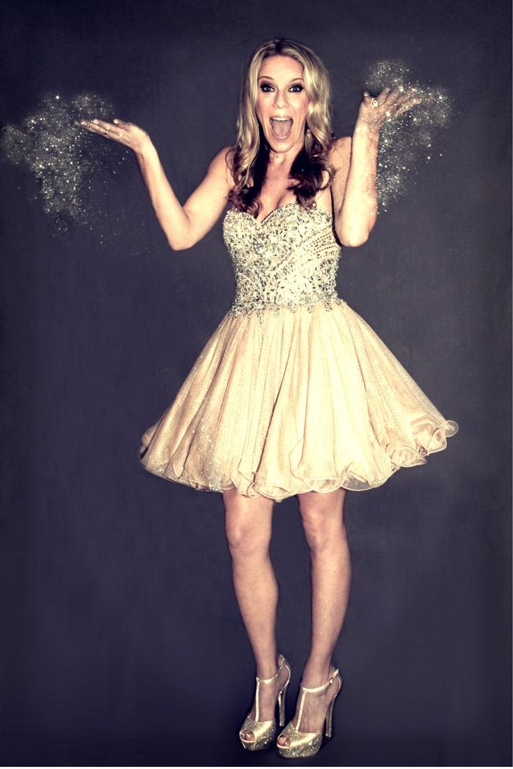 Livin' la Vida Sparkle! Every girl should have a glitter photo shoot! ;)   #glitter #sparkle #bling #glitterphotoshoot  @Sparkling Events by Alison Johnson