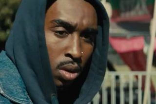 Trailer For Tupac Biopic All Eyez On Me Has Dropped And Looks Amazing - http://viralfeels.com/trailer-for-tupac-biopic-all-eyez-on-me-has-dropped-and-looks-amazing/