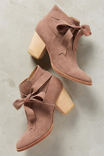 Huma Blanco Bowtie Booties - anthropologie.com