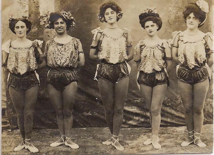Details about Circus~Pretty Women Acrobats in Costume 2~Original Vintage  Photograph c1912