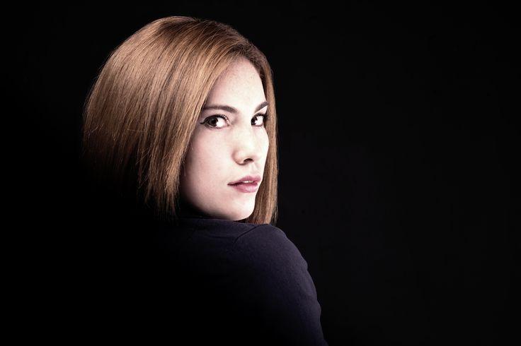 PH:Julian David Rincon Modelo: Luisa Ospina Estudio: #Fotodesignbogota