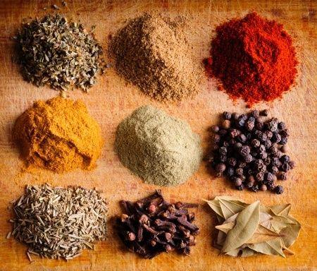 Les épices et les régimes, quelques astuces pour perdre du poids avec les épices !  Lire la suite /ici :http://www.sport-nutrition2015.blogspot.com