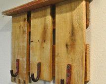 Estante de madera reciclada de la pared con ganchos, Perchero de palets, muebles, Perchero de pared, pared sombrero paletización.