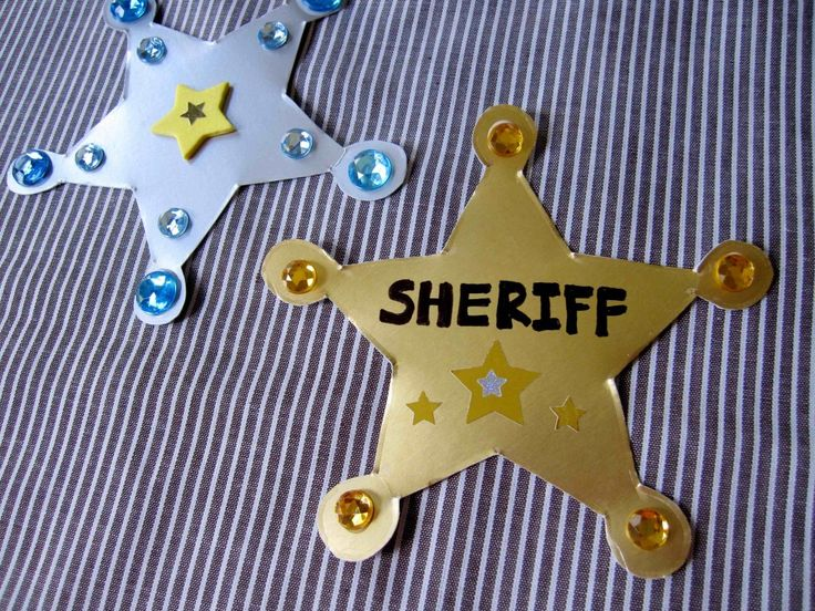 Sheriff badge craft and wild west books your lil' cowboy will love.