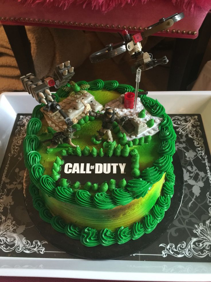 Call of duty birthday cake for my boyfriend ! I own this ...