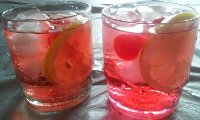 レシピとお料理がひらめくSnapDish - 15件のもぐもぐ - I Made Zinfandel Pretty in Pink Drinks for Breast Cancer Awareness Month Survivors Southern Soiree #Alcohol #Wine #Party #Quick and easy  by Alisha GodsglamGirl Matthews