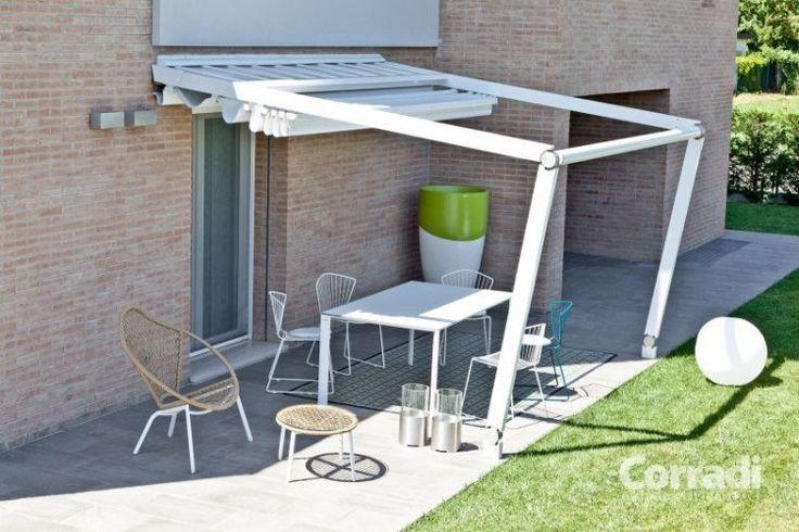 aménagement terrasse avec auvent rétractable par Corradi
