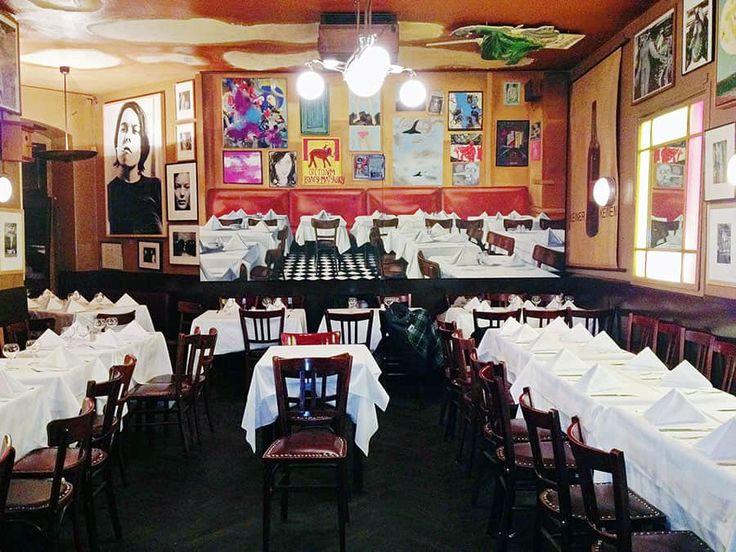 På Paris Bar finns en mix av alla typer av människor och är en klassisk fransk bistro i Berlin