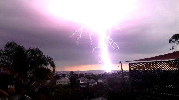 Lightning strikes Greenslopes, Brisbane  Audience submitted: Asser Samak  17/11/2012