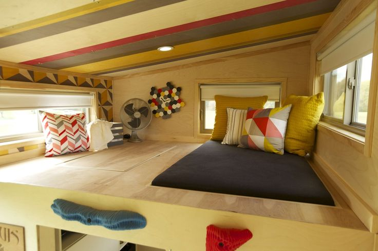 Tiny house loft note bed built into the floor and look - Bedroom with mattress on the floor ...
