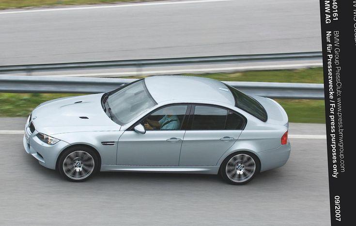M3 Sedan (E90) BMW cost - http://autotras.com