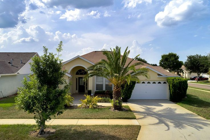 Don't miss this charming 5-bedroom, 4-bathroom, 2324 square-feet home in Orange Tree! Situated on a large 1/4 acre corner lot. Ceramic tile, arched entryways and high vaulted ceilings. Corian countertops in the kitchen! This home features three ensuites, ideal for guests and your growing family. Screened pool and lanai! Come see your dream home!