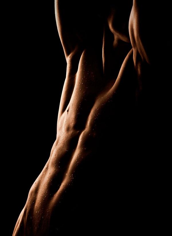 Love the shadows.: Art Beauty Photography, Art Literature Photography, Art Inspiration, Inspiration Photography, Body Art, Photography Art, Human Body, Art Photo, Lighting Switch