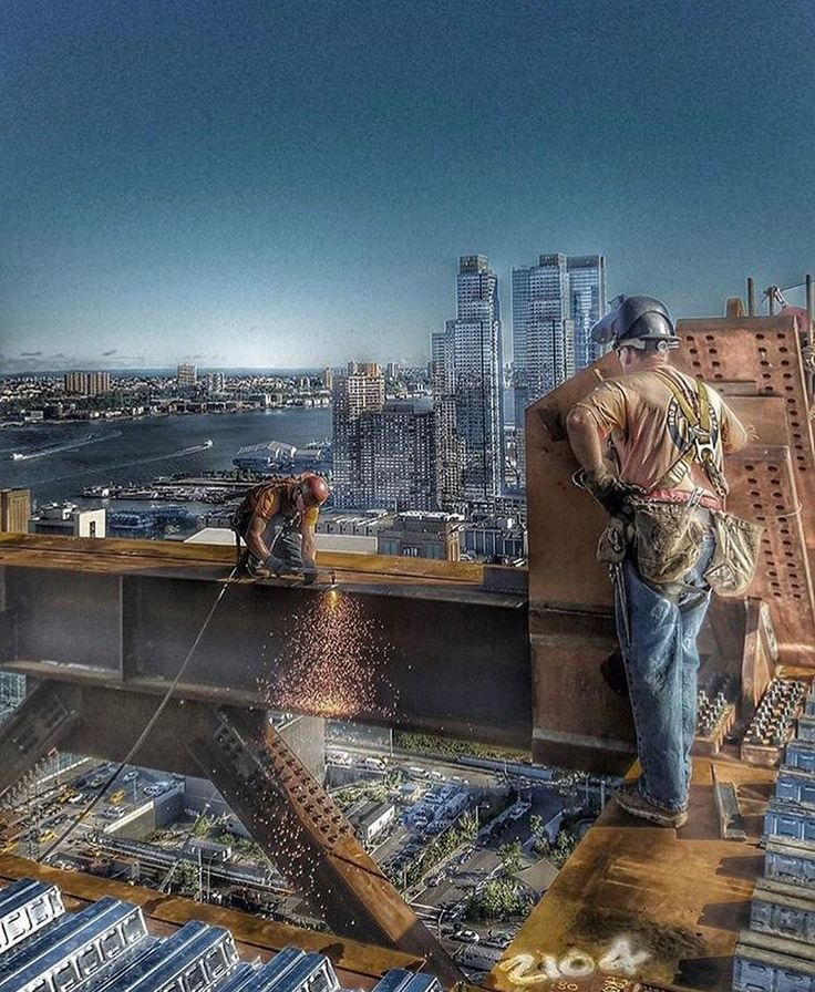 Building America!  #Construction #constructionworker #constructionsite #weldporn #welder #welding #maga #build #makeamericagreatagain #america #ironworker #union #unionpride #electrician #carpentry #carpenter #crane #equipmentoperator #plumber #pipefitter #mason #masonry #apprentice #journeyman #f4f #photooftheday