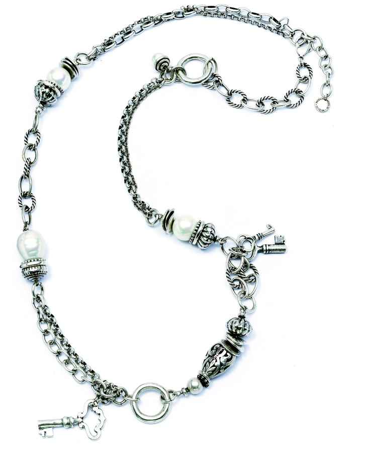 Wear this necklace long or double it up and wear it short. Add an enhancer for even more personality. N1362