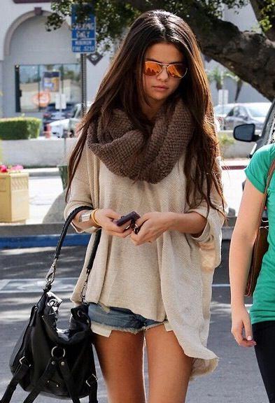 Love Selena Gomez's style