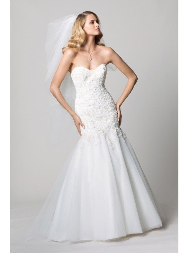 Cheap Trumpet / Mermaid Ivory Lace Tulle Court Train Wedding Dresses 303028