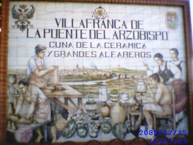 Panel de Bienvenida al Puente del Arzobispo.