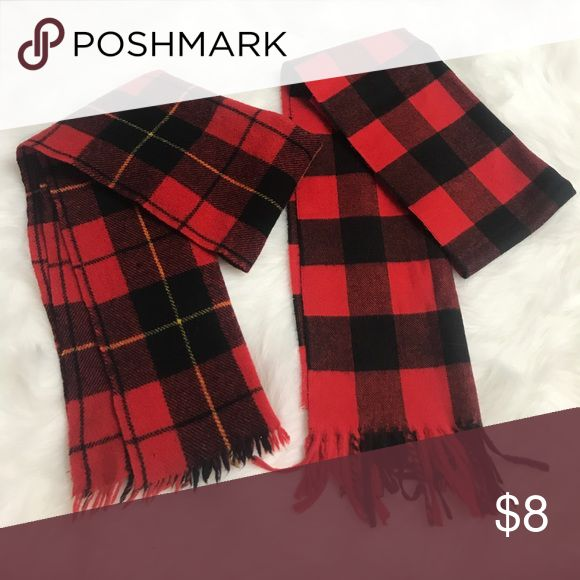 Winter Red Plaid Scarfs Lot Of 2 One Size German Centura Lot Of 2 red plaid design winter scarfs - both one size - excellent condition - smoke/pet free home - FAST SHIPPING!! Centura Accessories