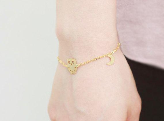 Bracelet fantaisie origami composé d'un pendentif hibou monté sur une chaîne en…