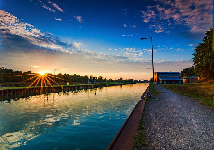 Sonnenuntergang am Dortmund-Ems-Kanal in Münster