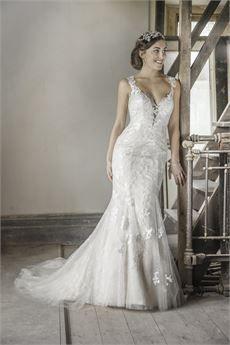 Wedding Dresses by Benjamin Roberts - 2623