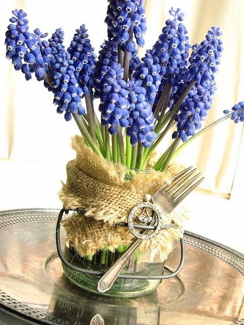 absolutely LOVE these grape hyacinths: Forks, Mason Jar Flowers, Wedding Flowers, Fresh Flowers, Mason Jar Burlap, Mason Jars, Centerpieces, Hyacinth, Craft Ideas
