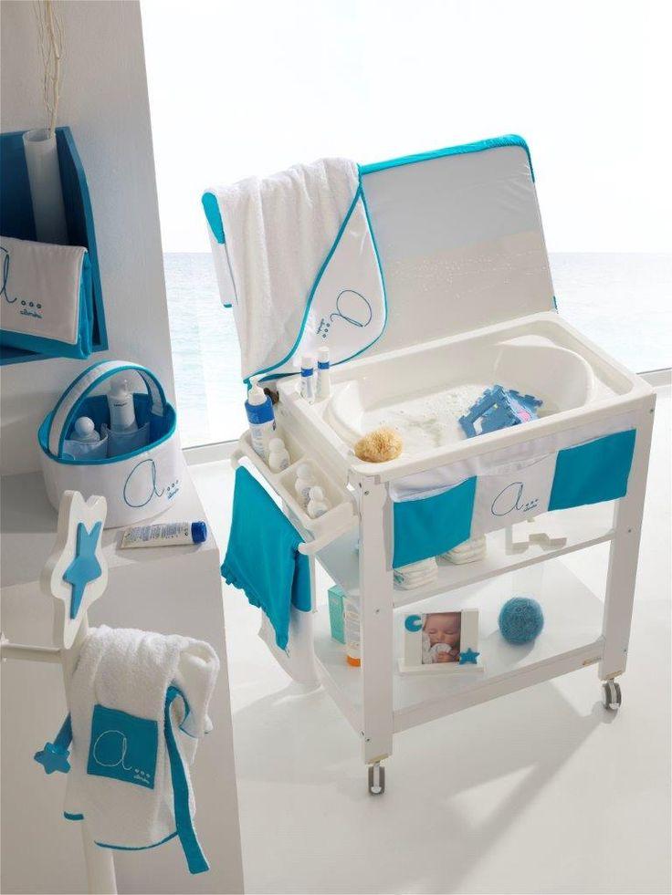 Precioso mueble bañera para bebé en color azul cielo. Encúentralo en nuestra tienda online Alondra Outlet