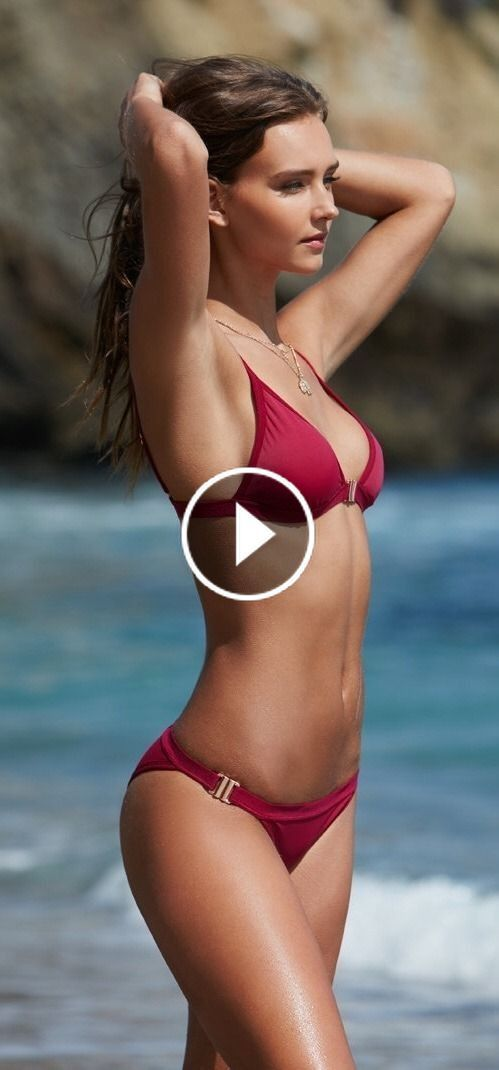 Hot bikini babes masterbating
