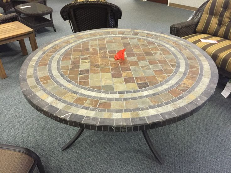 Clearance Furniture In Knoxville   Bradenu0027s Lifestyles Furniture   Outdoor  Furniture   Tile Top Round Table   Paragon Casual   Warehouse Sale