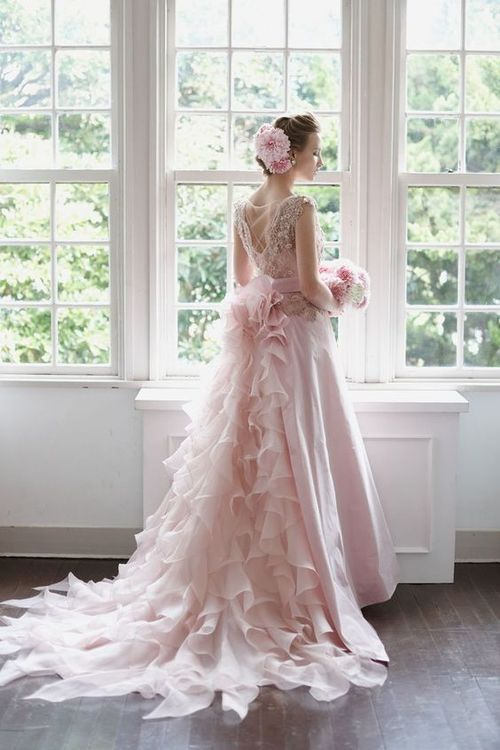 Realize Princess Dress Beautiful Lace Romantica Pretty Ideals Glamour Gowns Wedd Colored Wedding Dresses Pretty Wedding Dresses Pink Wedding Dresses