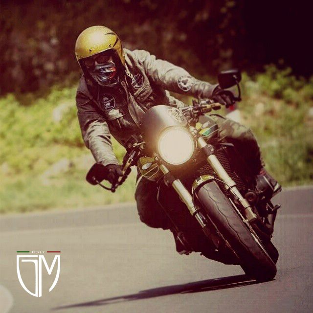 Kawasaki Z1000 Special HandMade in Italy..... https://www.facebook.com/GiaMi-Motorcycles-483690915169714/?ref=settings