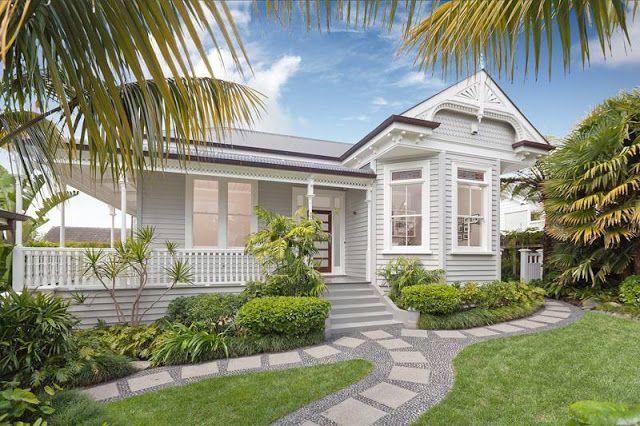 SOMMERWHITE: House love...