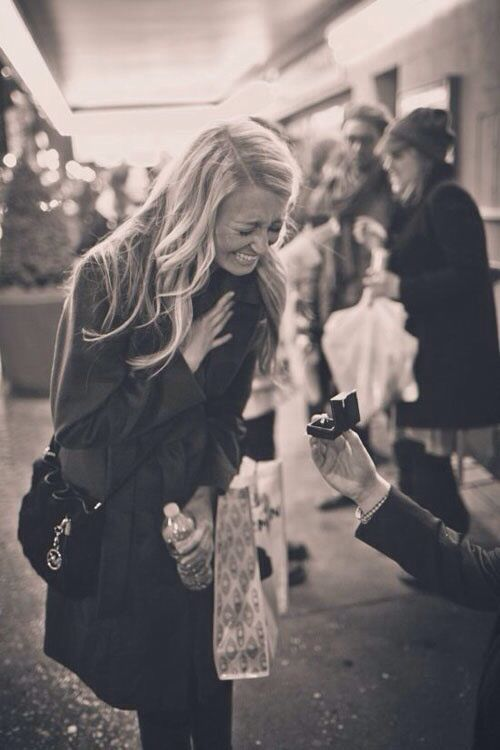 I want a picture like this!! first look at the ring... reaction to proposal shot❤️