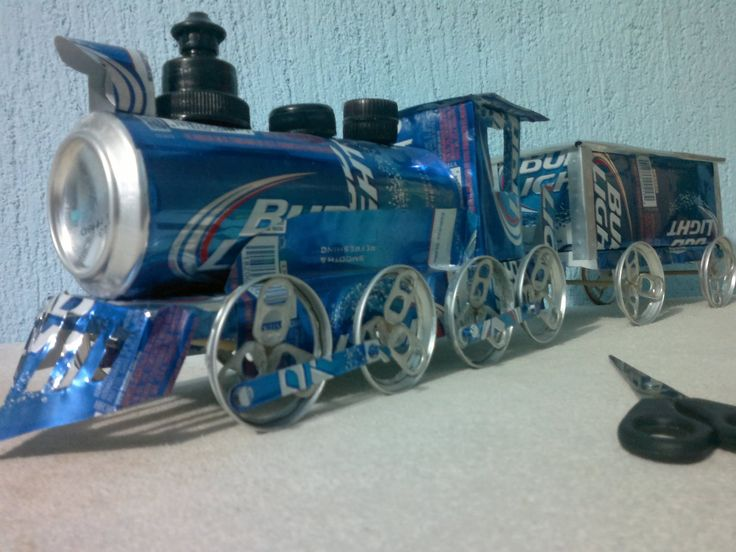 tren hecho con latas de aluminio tutorial. . Recyclage de cannettes