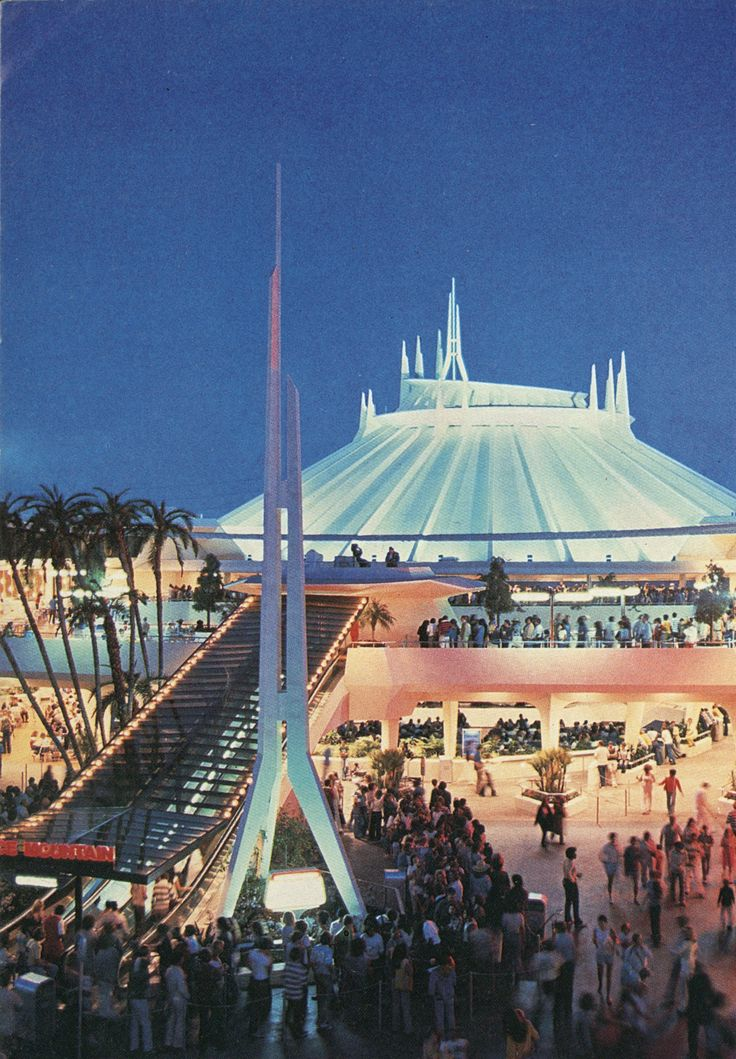 Space Mountain | Disneyland. Nobody remembers the escalator....finally proof!!! : )